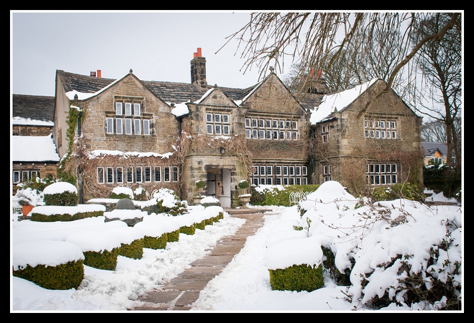 Holdsworth House Halifax Wedding Snow Snowy Scenes Image